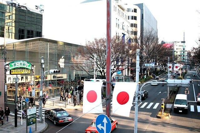 東京都 表参道 に行ってみたら アップルストア表参道店の美しさにビビった