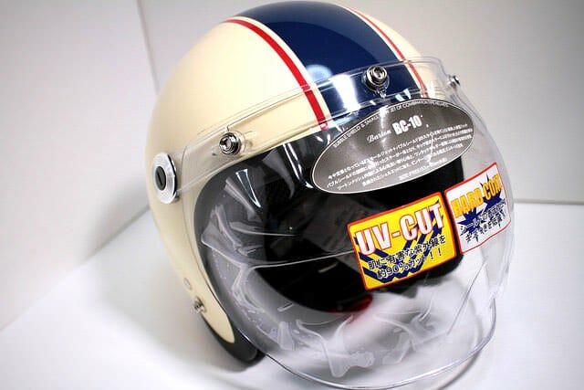 バイクは無いが、スーパーカブに似合うヘルメットを選んでみた