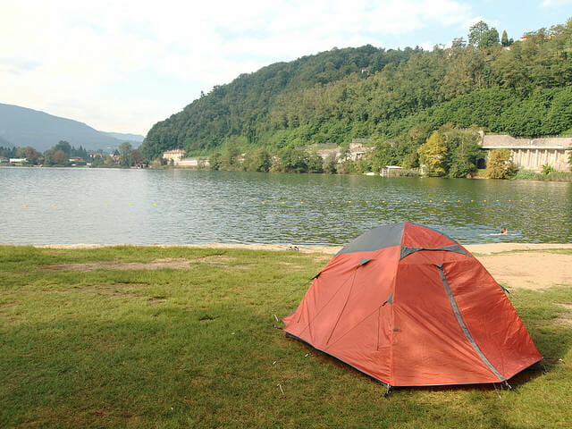 バイクでソロキャンプするには、どのテント買えばいいのか?1
