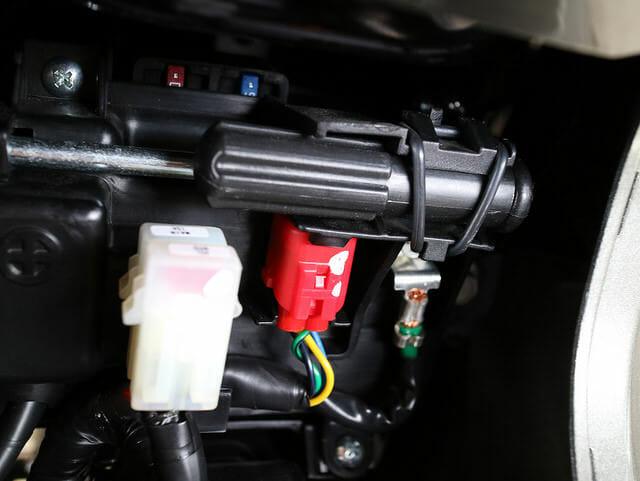 バイク電源USBシガーソケットカブラ部