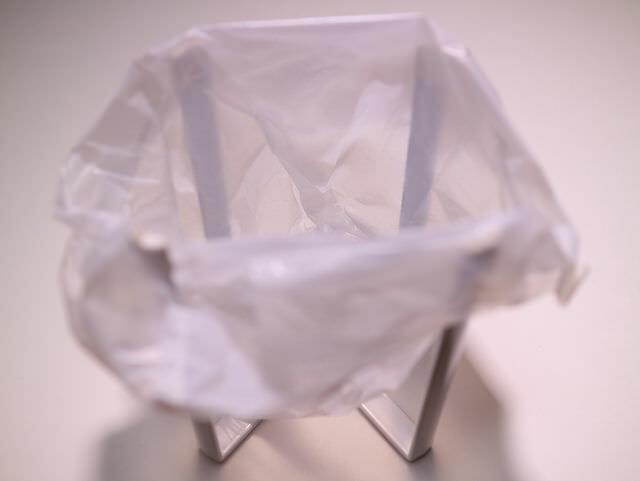 最近人気No.1の三角コーナーはキャンプにも使えるアイデア商品だった