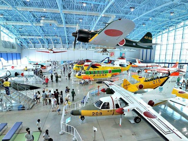 航空自衛隊浜松基地エアーパーク展示格納庫