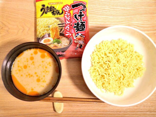 あの「うまかっちゃん」に期間限定の「つけ麺」が発売されていた