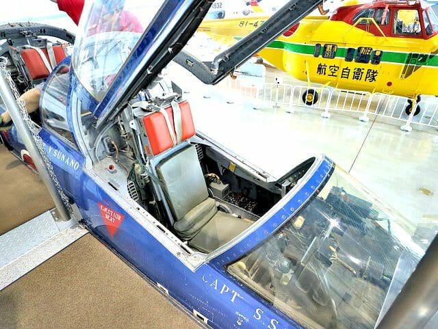 航空自衛隊浜松基地エアーパークT2ブルーインパルスコックピット