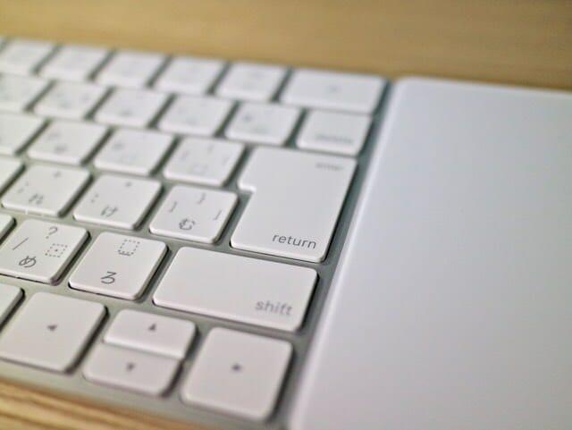 新しくなったMagic Keyboardと過去のキーボードを比べてみた
