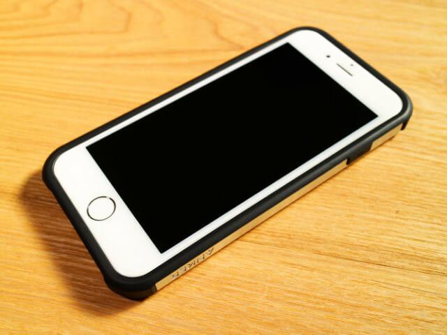 IPhone6タフ保護ケース本体取付完了