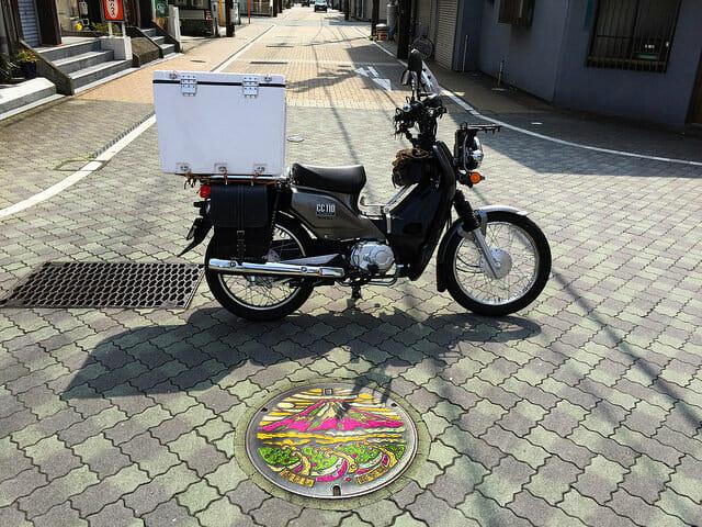 富士市マンホールカードクロスカブ