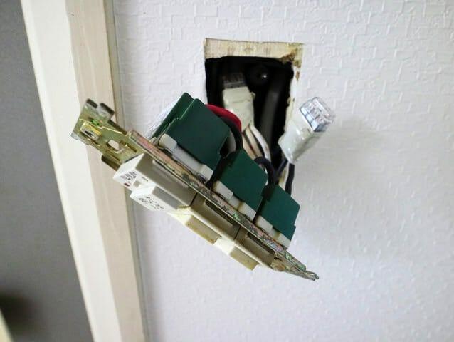 浴室換気スイッチ取付