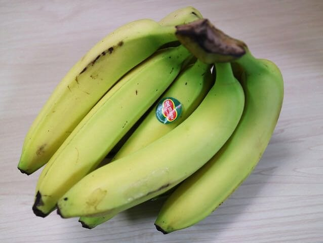 コストコで緑色のバナナを買うときは慎重にね
