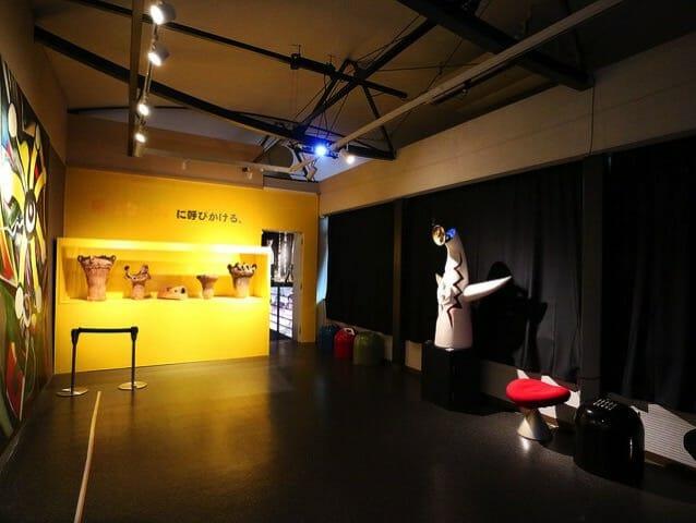 岡本太郎記念館2階右展示室