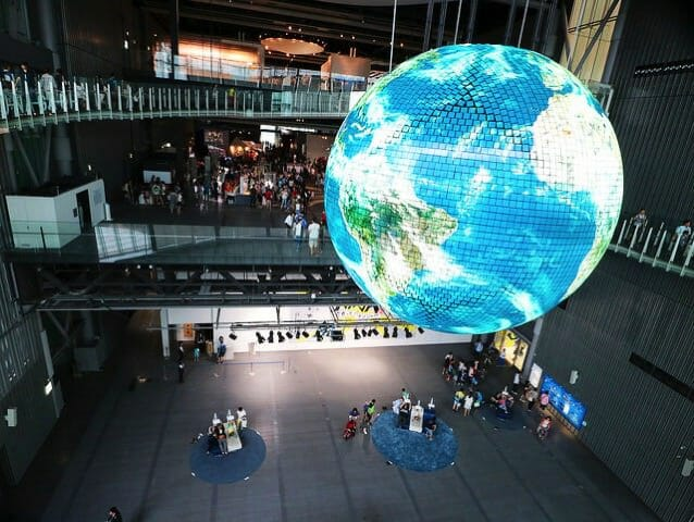 日本科学未来館 3階 5階オーバルブリッジ