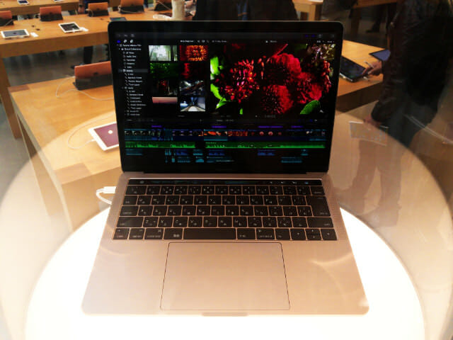 MacBookPro13インチTouchBar Late2016