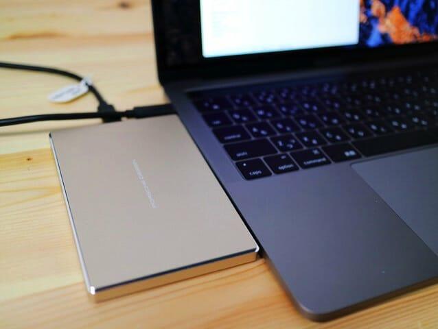 MacBook Pro(13インチ, Late 2016) に合うポータブルハードディスク(USB-C)