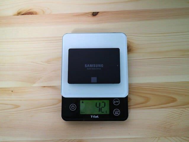 2 5インチSSDMZ 750120B IT 重量