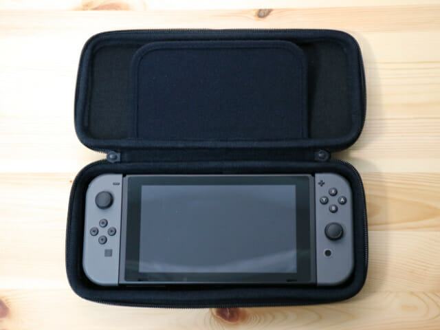 NintendoSwitch専用スマートポーチ ゲーム機入れ