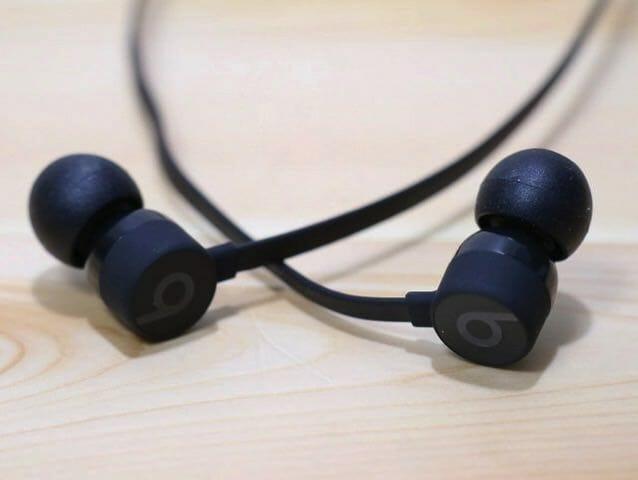 BeatsX イヤホン