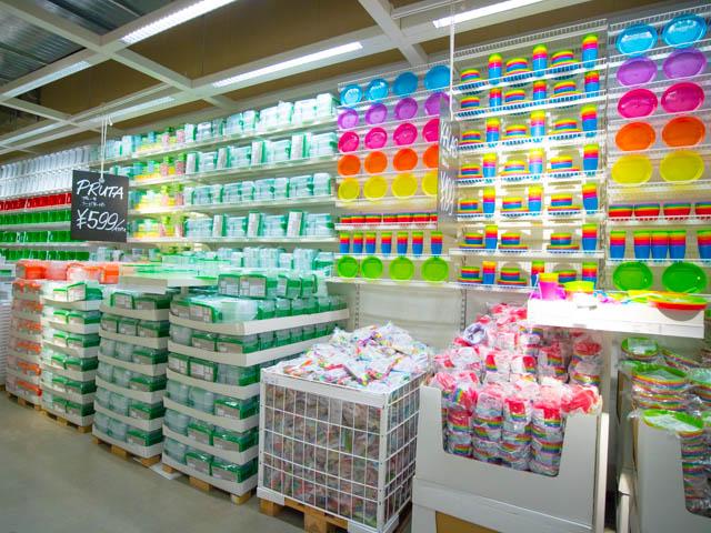 IKEA マーケットホール プラスチック容器