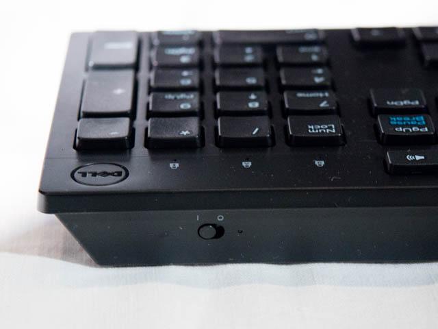 DELL新製品発表会201706 Inspiron27 7000 キーボード背面電源