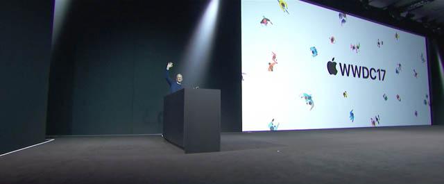 WWDC17 2 クック登壇