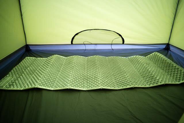 寝袋マット サーマレスト クローズドセルマットレス 設置