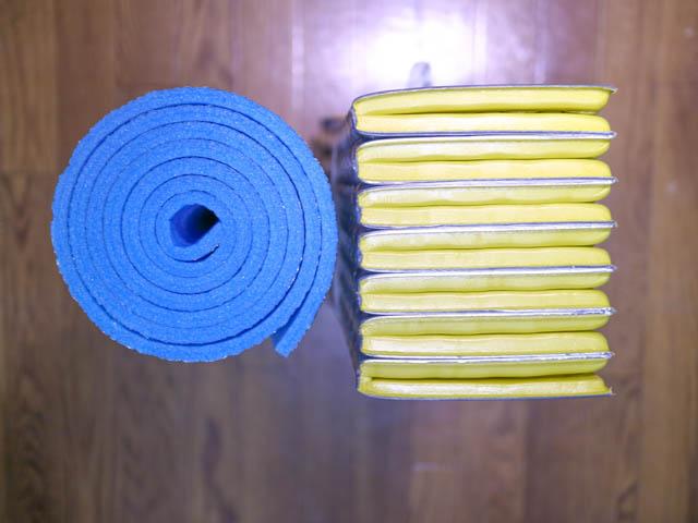 寝袋マット サーマレスト クローズドセルマットレス 銀マット比較 断面