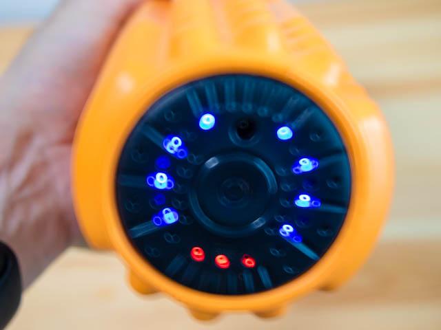ドクターエア 3Dマッサージロール 点灯表示