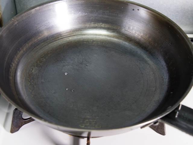 ブルーテンパーフライパン 油切れ