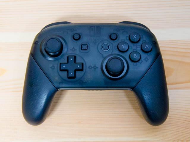 任天堂にはガッカリ、Nintendo Switchのプロコンで十字キーが調子が悪いので修理した