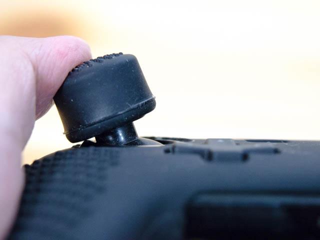 NintendoSwitch プロコンカバー アナログスティックカバー干渉解消