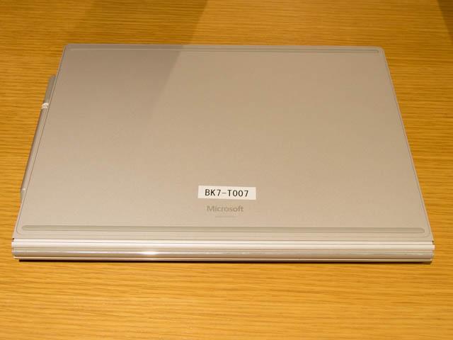 マイクロソフト 新製品Touch Tryイベント SurfaceBook2底面