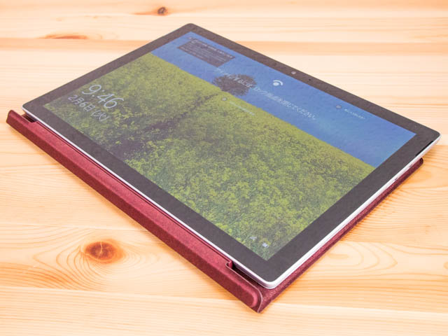 SurfacePro タブレットモードタイプカバー有り