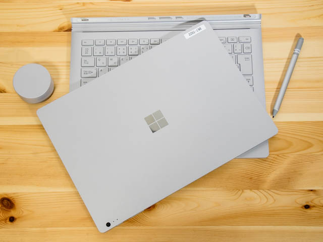 SurfaceBook2 タイトル