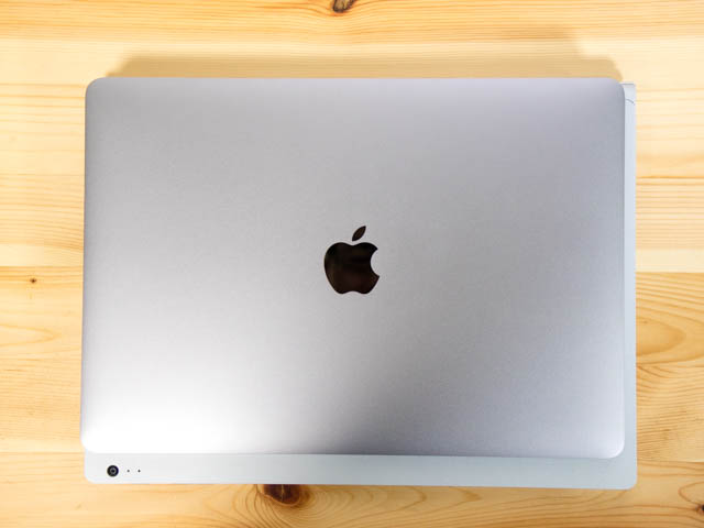 SurfaceBook2 大きさ比較