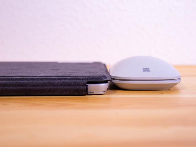 モバイルマウス SurfaceGo厚み比較