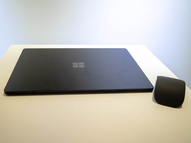 Microsoft Japan Surface Event SurfaceLaptop2表面
