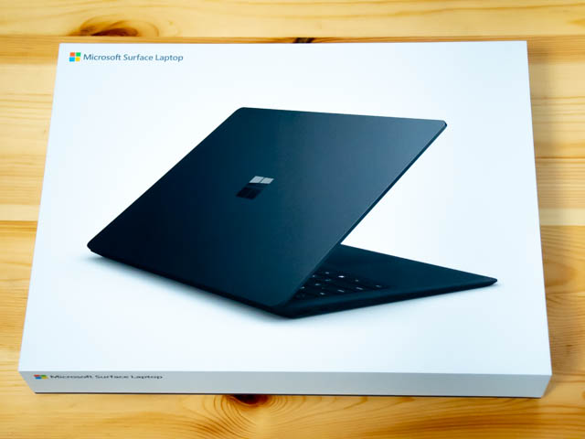 SurfaceLaptop2 パッケージ