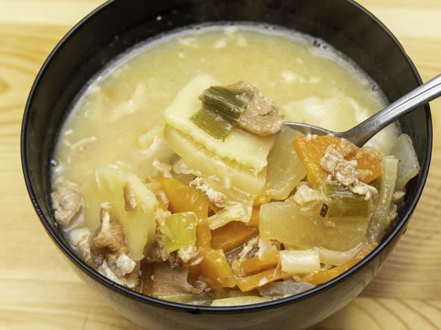 IZAMESHI(イザメシ) まんぞく豚汁-実食