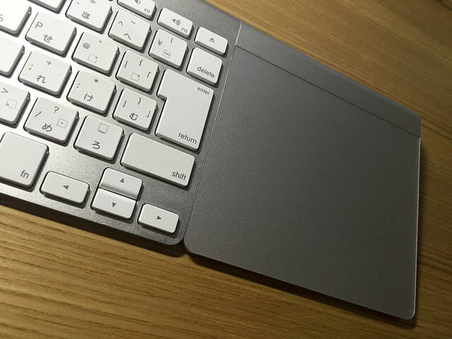 Apple Wireless KeyboardとMagic Trackpad