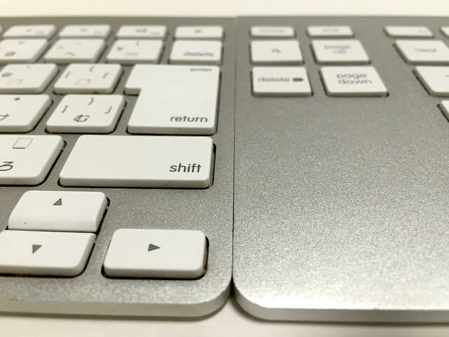 belkin YourType Apple Wireless Keyboardとの比較