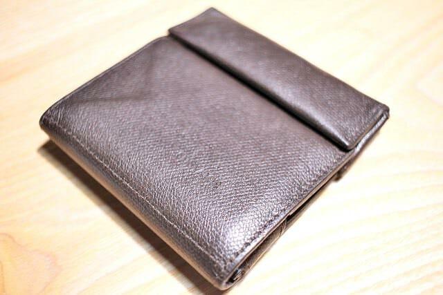 2 薄い財布 1年