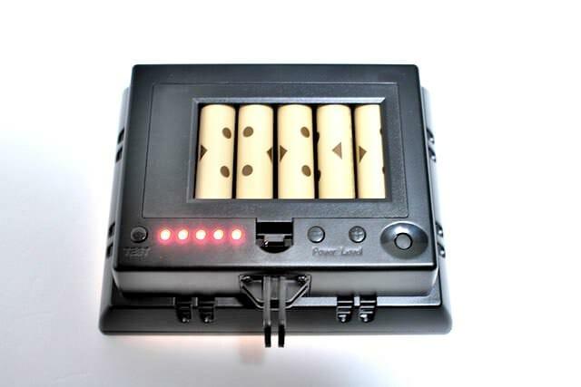 7 ライト電池フタ