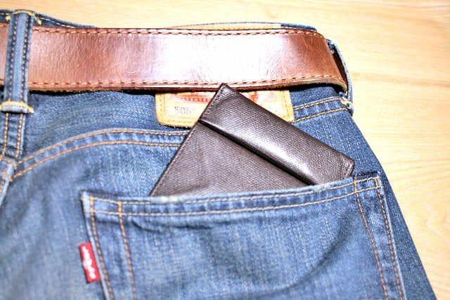 1 薄い財布 ポケット