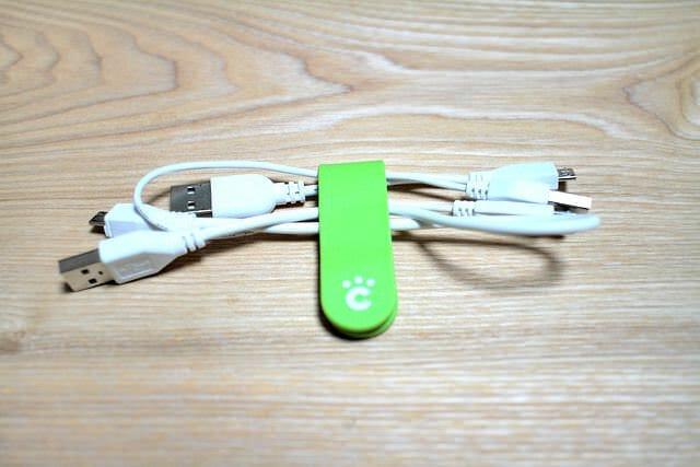 15 Micro USBケーブル