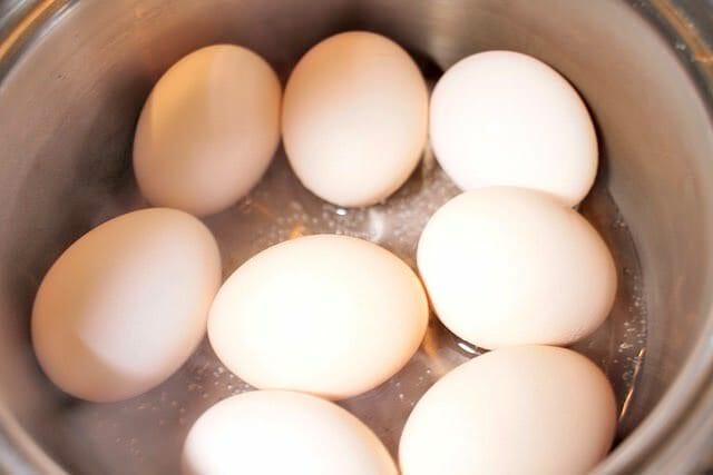 6 おでん具材 卵と水
