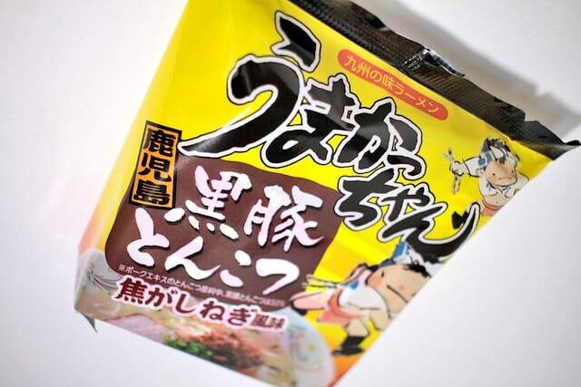 鹿児島黒豚とんこつパッケージ