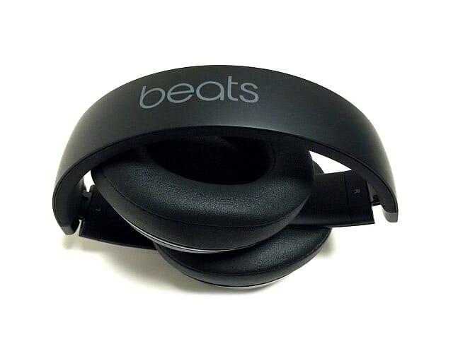 Beats Studio ワイヤレス オーバーイヤーヘッドフォン 収納