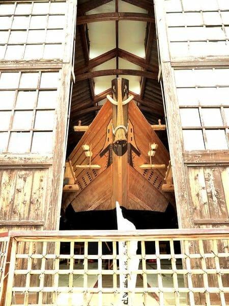 佐渡島千石船展示館のぞき見