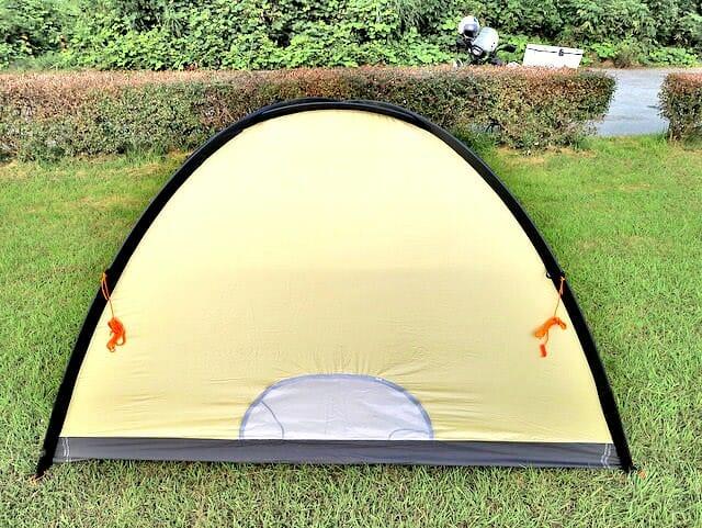 ドマドームライト2設営テント立ち上げ背面