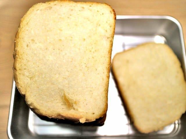 ホームベーカリー食パン断面