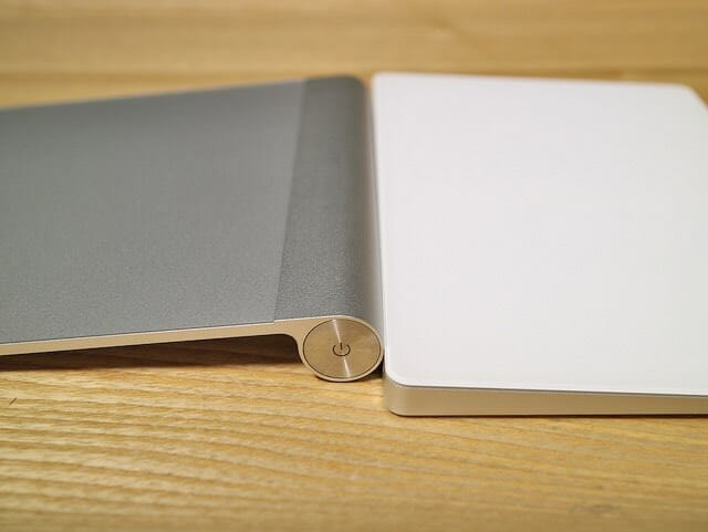 MagicTrackpad2旧式比較高さ
